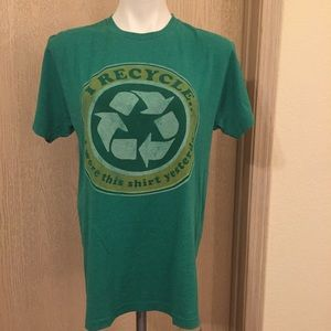 Earthbound Recycle Tee | Size Medium | Green